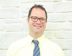 Dr. Hoeve